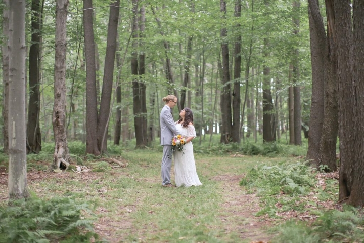 johnstown-pa-intimate-summer-forest-outdoor-backyard-wedding (41)