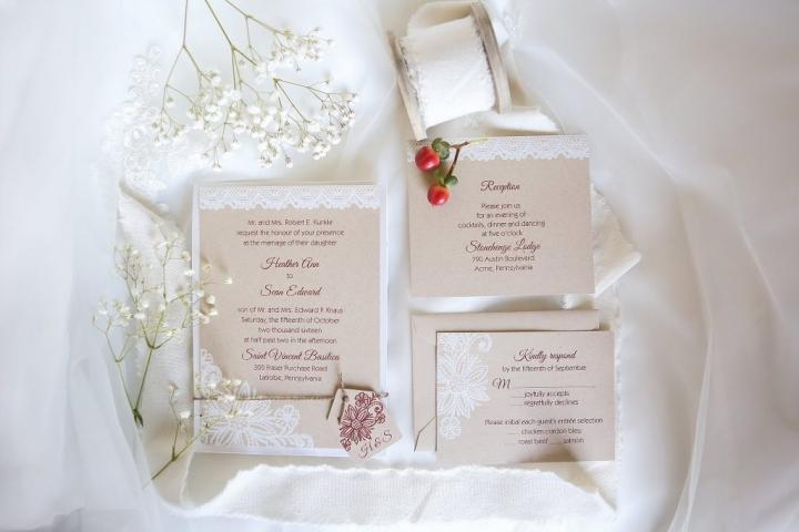stonehenge-lodge-st-vincent-latrobe-maroon-autumn-foliage-sunflower-wedding-1