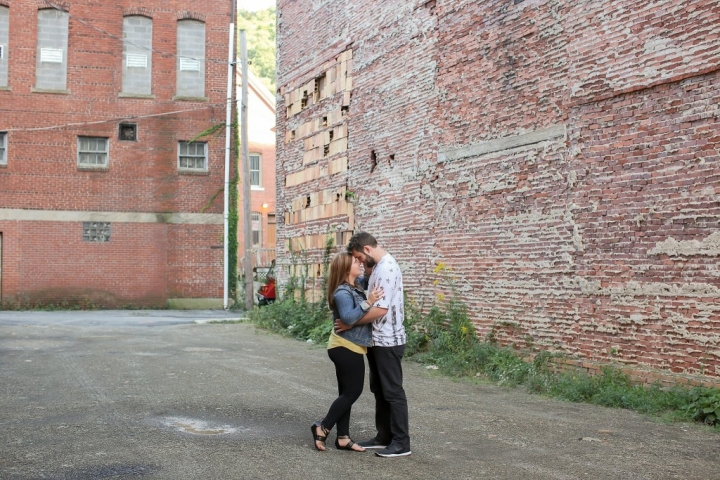 kelli-josh-buttermilk-falls-johstown-pennsylvania-engagement-7